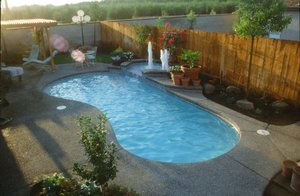 Residential Pool #047 by Carefree Pools and Spas