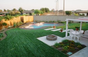 Residential Pool #048 by Carefree Pools and Spas