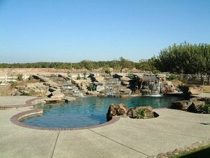 Residential Pool #077 by Carefree Pools and Spas